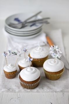 pumpkin #cupcakes with cloud frosting