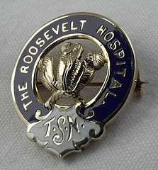 Roosevelt Hospital Training School for Nurses Graduation Pin 1909