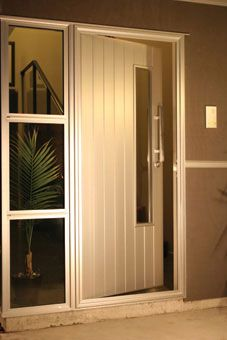 Axis Entrance | Vantage Aluminium Joinery ~ One of New Zealand's leading Windows and Doors brands