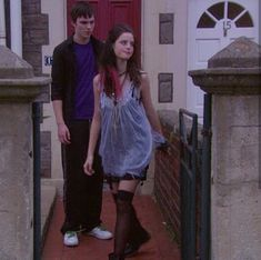 Yummy Pants and Yummy Stockings. Effy Stonem Style, Skin Aesthetics, Skins Uk, Movies And Series, Kaya Scodelario, Character Outfits, Aesthetic Clothes, Casual, Cool Outfits