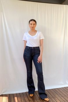 High Rise Bell Canyon Flared Jeans Paige Denim, Size Model, Flare Jeans, Mom Jeans, Normcore, Legs, How To Wear, Cotton, Pants