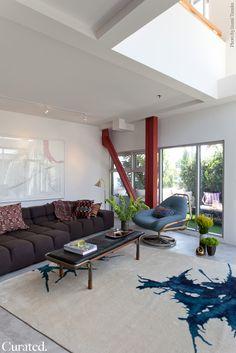Venice Loft by Curated. Photo: Izumi Tanaka | Archinect.  living room.  home decor and interior decorating ideas.