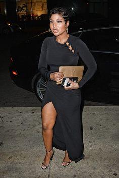 The Beautiful my Bae💋 Baddest Singer Ever Toni Braxton ❤😍😍😍 Toni Braxton, Pixie Styles, Short Styles, Foreign Celebrities, Hip Hop, Celebrity Style, Celebrity Babies, Beautiful Black Women, Black Girls