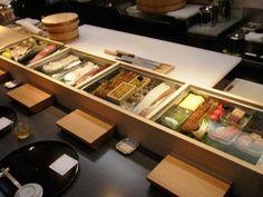 しら川カウンター2 Japanese Restaurant Design, Modern Restaurant, Cafe Restaurant, Sushi Bistro, Sushi Bar Design, Sushi Counter, Ramen Shop, Commercial Kitchen Equipment, Sushi Restaurants