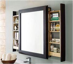 Speil med lagringssystem