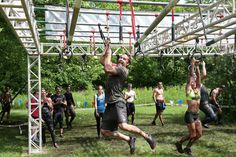 """Taylor Kitsch Photos - Taylor Kitsch participates in the Spartan Super Race as Marriott Rewards reunites Taylor Kitsch, Minka Kelly, Zach Gilford and Aimee Teegarden of """"Friday Night Lights"""" on June 11, 2016 in Richmond, Illinois. - Marriott Rewards Reunites Cast Members of 'Friday Night Lights' for Spartan Race"""
