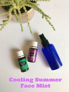This Cooling DIY Face Mist is perfect for those hot summer days. It's made with just 3 ingredients! This face mist spray is super simple to make and so refreshing too. Essential Oils For Face, Essential Oil Spray, Young Living, Diy Face Mist, Diy Beauty Makeup, Cream For Oily Skin, Face Spray, Glycerin, Mist Spray