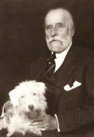 Jacques Doucet - Paul Poiret worked for Doucet between 1897 and Paul Poiret, Jeanne Paquin, Madeleine Vionnet, Fashion History, World Of Fashion, Fashion Art, Project Runway, Elegant Man, French Fashion Designers