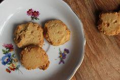Einfaches Rezept für leckere Erdnussbutterkekse.