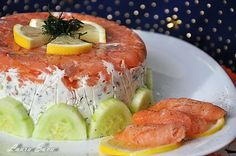 Tort de somon afumat Finger Food Appetizers, Finger Foods, Appetizer Recipes, Tuna, Sushi, Seafood, Party, Meat, Ethnic Recipes