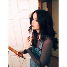 She is cool even doing her hairstyle Acacia Clark Outfits, Acacia Brinley Tumblr, Indie Rock Fashion, Dye My Hair, The Most Beautiful Girl, Celebrity Hairstyles, Dark Hair, Pretty Face, Hair Goals