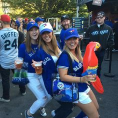 Our client Nicole instructor Tessa and soon to be instructor Kristen working on some parallel thigh at a Jays game! Go lower mister parrot!!  #wheredoyoubar #barvanwheredoyoubar #barmethod #bluejays