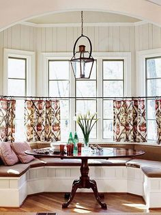 Half curtain in front of bay window. Bay window seating and storage. Turn a small dining room into a focal point of your house. Banquette Bench, Kitchen Banquette, Dining Nook, Table Bench, Kitchen Nook Bench, Kitchen Booths, Dining Table Design, Kitchen Tables, Bench Seat