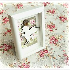 A unicorn box frame with a slightly more grown up floral design 🦄💐