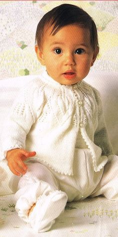 Vintage Baby Knitting PATTERN  Baby's Matinee Coat  by carolrosa