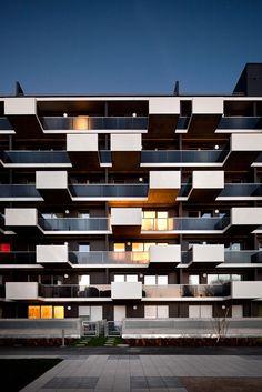 Wohnbasis alpha 11 - Sue Architkten appartementen gevel balkons terrassen compositie