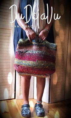 Crochet Doily Rug, Crochet Tote, Crochet Handbags, Crochet Purses, Love Crochet, Knit Crochet, Crochet Patterns, Yarn Inspiration, Boho Bags