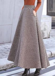 Put on to perform Design, one designer piece of looks. Muslim Fashion, Modest Fashion, Women's Fashion Dresses, Long Skirt Outfits, Modest Outfits, Long Skirt Looks, Hijab Style Dress, Retro Dress, Vintage Skirt