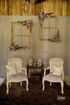 vintage indoor wedding photobooth