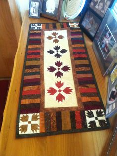 Bear claw runner by MH designs paper pieced.
