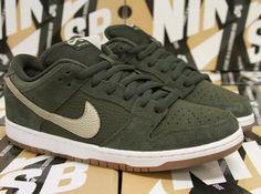 Nike SB Dunk Low Sequoia