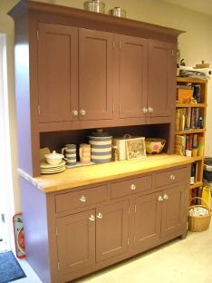 would love to paint my kitchen cabinets this color...love it....