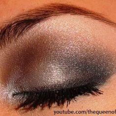 Bare Minerals Celestine, Drama and snowflake could definitely repeat this look.. Plus a touch of the color called queen Tiffany ;) <3 <3