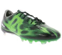 Adidas Performance Soccer Shoes for men at 80% discount for only 19.99€! Don't miss out