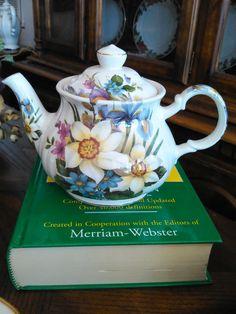 Vintage Sadler Flower Teapot Shabby Chic