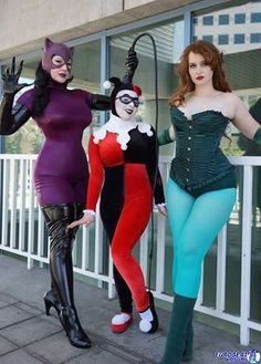 The Gotham Sirens. Here we have BelleChere, Mab, and Tallest Silver of Kit 'n Silver (also of Sweethearts of the Galaxy). Photo taken by Bill of The Watters Mark Photography.