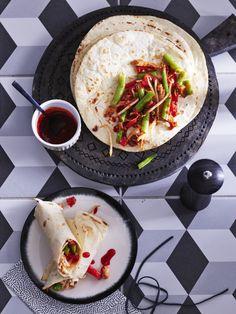 Couscous, Bruschetta, Hummus, Chicken Recipes, Toast, Snacks, Dinner, Ethnic Recipes, Food