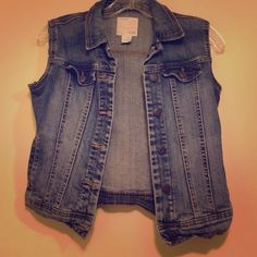 Old Navy Jean Vest! Cute Old Navy jean vest. Perfect for summer. Its a girls XL, so I'm listing it as an XS. Perfect for someone petite. Old Navy Tops