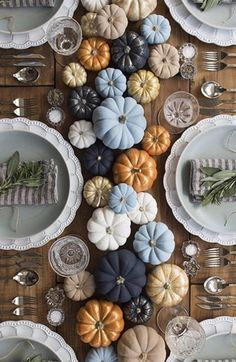 Thoughtful Thanksgiving Party Decoration Ideas Every Hostess Would Love Multicolored Pumpkins For Thanksgiving Dinner Table Decor Thanksgiving Table Settings, Thanksgiving Centerpieces, Thanksgiving Parties, Happy Thanksgiving, Fall Table Settings, Thanksgiving Crafts, Place Settings, Thanksgiving Dinner Tables, Thanksgiving Vegetables