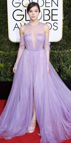 All the Glamorous Looks from the 2017 Golden Globes Red Carpet - Hailee Steinfeld from InStyle.com