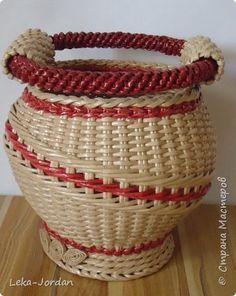 Поделка изделие Плетение Наплелось  немного Трубочки бумажные фото 3