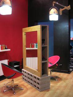 tocadores originales ladrillos reciclados sillones peluquería vanguardia le salon d'apodaca madrid 2009 hair salon Madrid