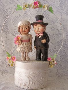 Cute Paperclay Wedding Cake Couple by thepolkadotpixie on Etsy