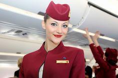 https://flic.kr/p/pAf3te | Stewardess Qatar Airways | Press Flight Airbus A350 XWB