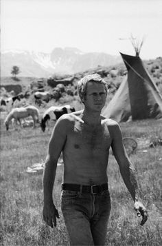 NEVADA SMITH - Steve McQueen on the set - Directed by Henry Hathaway - Paramount - Publicity Still.