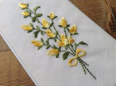 Yellow roses bouquet embroidered on 100% cotton hanky deco doily swiss made vintage item by Yebisu on Etsy