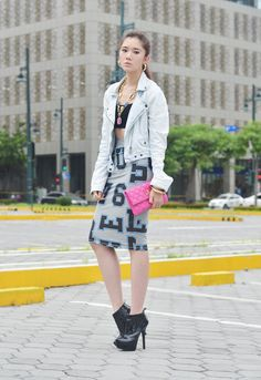 Love this outfit! Camille Co, My Hairstyle, Bangs, Fashion Forward, Street Style, Shirt Dress, Shirts, Outfits, Collection