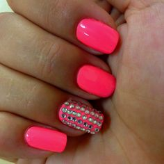 Neon pink but it would have been nicer if there wasn't these diamonds