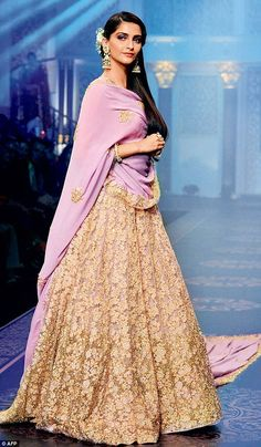 Showstopper: Sonam Kapoor walked the ramp during the grand finale of India International Jewellery Week 2015 in Mumbai on Thursday