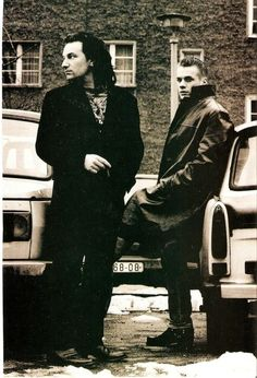 Bono and Larry by Anton Corbijn - Berlin Adam Clayton, Great Bands, Cool Bands, Music Stuff, My Music, U2 Achtung Baby, U2 Band, Bono Vox, Rattle And Hum