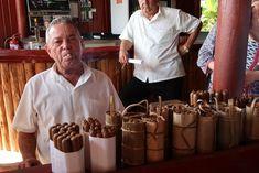 Viñales, em Pinar del Rio - Cuba © Viaje Comigo Vinales, Cuba, Bullock Cart, Boating