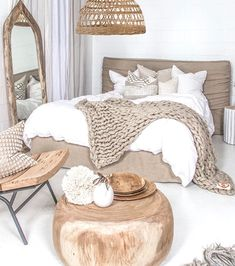 Cocooning teen room for girls and boys - bedroom - By the way, here is little deco level selection. No matter the style of your room, you can easily m - Parents Room, Boho Room, White Bedding, Linen Comforter, Home Decor Bedroom, Bedroom Boys, Bedroom Chair, Girl Bedrooms, Diy Home Decor