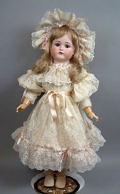 Porcelain Tiles In China Code: 3836885051 Old Dolls, Antique Dolls, Vintage Dolls, Scary Baby Costume, Victorian Nursery, Porcelain Dolls Value, Dolly Dress, 1800s Fashion, Frou Frou