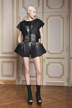 ILJA Spring 2014 Haute Couture