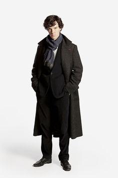 bizarre-sugar: #HQ - SHERLOCK BBC One Picture shows: Benedict Cumberbatch as Sherlock Holmes (2010)