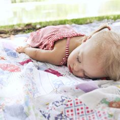Photography 101: Capturing Childhood. Ten tips from Babyzone.